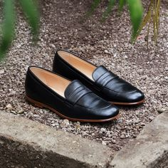 f392eff87ff Essential for every women`s wardrobe  A pair of penny loafers 👌  Scarosso