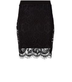 """Work delicate lace from head to toe for elegance at its best - this black mini skirt is the perfect foundation piece.- All over lace material- Slim fit- Mini length- Elasticated waist- Model is 5'8""""/176cm and wears UK 10/EU 38/US 6"""