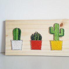 Tableau fils tendus mes petits cactus (string art)