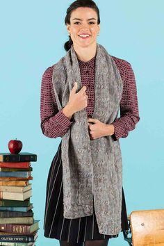 Use stockinette stitch with a narrow cable edging to create this gorgeous knitted stole. Perfect to wear anytime of the year. Loom Knitting, Hand Knitting, Knitting Patterns, Crochet Scarves, Knit Crochet, Stitch Patterns, Scarf Patterns, Stockinette, Hand Dyed Yarn