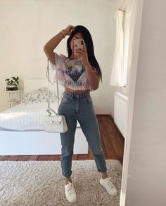 15 looks para quem ama t-shirt - Guita Moda Basic Outfits, Mom Outfits, Everyday Outfits, Classy Outfits, Stylish Outfits, Fashion Outfits, Girl Fashion, Cute Comfy Outfits, Cute Summer Outfits