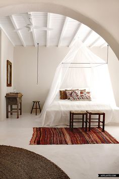 Beautiful_Authentic_San_Giorgio_Hotel_In_Mykonos_afflante_com_6