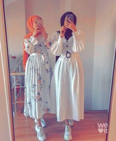 Modesty Fashion, Muslim Fashion, Hijab Fashion, Fashion Dresses, Stylish Dresses For Girls, Stylish Dress Designs, Cute Maxi Dress, Hijab Style, Indian Designer Outfits