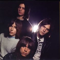 Stooges, The Discography at Discogs