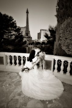 Las Vegas wedding - would love to have this photographed