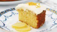 Κέικ λεμονιού με γιαούρτι με γλάσο λεμονιού