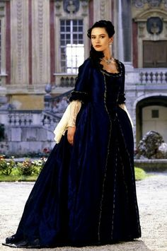"Catherine Zeta Jones as Catherine in ""Catherine the Great"" - FYI, I don't think this costume is all that historically accurate. Logistical elements required from film shoots aside (ex. the one-piece gown), the engageantes are unusually long. Period Costumes, Movie Costumes, Cool Costumes, Amazing Costumes, Historical Costume, Historical Clothing, Ruffles, Berlin, Catherine The Great"