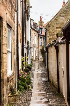 The pretty village of Robin Hood's Bay in Yorkshire, England #robinhoodsbay #yorkshire #england #uk