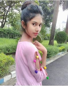 Exclusive Collection of Indian beautiful girls HD photos ★ Desipixer ★ Indian Girl Bikini, Indian Girls, Stylish Girl Images, Stylish Girl Pic, Girl Number For Friendship, Teen Beauty, Cute Young Girl, Girls Image, College Girls