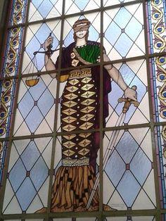 Aποζημίωση για τα θύματα της χάρτινης πολυκατοικιας στο Αίγιο | Νομικά Νέα | Διαδικτυακή νομική πύλη ιδεών Samurai, Samurai Warrior