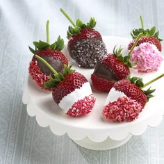 Learn how to make chocolate covered strawberries in your own kitchen! They're beautiful, delicious, and surprisingly easy with this recipe from Driscoll's!