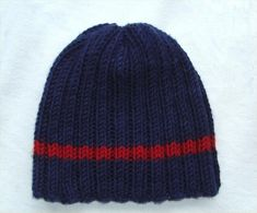 A basic style hat pattern for an everyday look. This is a nice classic style and is practical, useful and easy to wear with any jacket or coat. It is knit with a bulky weight yarn at Easy Knit Hat, Knit Hat For Men, Hats For Men, Knitted Hats, Crochet Hats, Crochet Beanie, Crotchet, Beanie Knitting Patterns Free, Knit Beanie Pattern