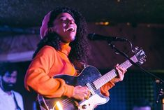 Lianne La Havas, Music Instruments, Guitar, Musical Instruments, Guitars
