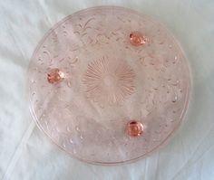 1920s Shaggy Daisy Depression Glass by US by prettyGORGEOUSoxxo, $25.00
