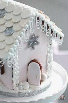 Christmas Holiday Gingerbread house