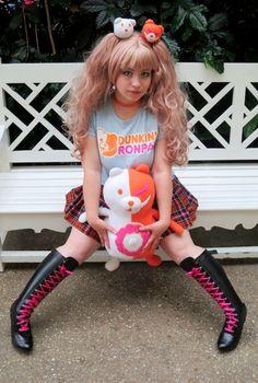 Danganronpa x Dunkin 'Donuts' Dunkin 'Ronpa' Cosplay - Trend Funny Cosplay, Anime Cosplay, Mononoke, Danganronpa Memes, Fluffy Dogs, Alienware, Dunkin Donuts, Wtf Funny, Harajuku
