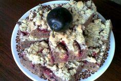 Cuketový koláč se švestkami Sweet Recipes, Oatmeal, Breakfast, Food, The Oatmeal, Morning Coffee, Rolled Oats, Essen, Meals