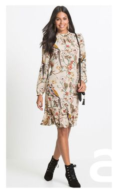 This turtleneck crépe dress has long sleeves and comes with a beautiful botanical print. Botanical Prints, Floral Prints, Crepe Dress, Affordable Fashion, Jumper, Cold Shoulder Dress, High Neck Dress, Turtle Neck, Adidas