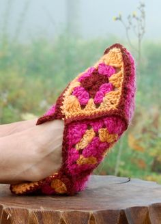 21 Cute Crochet Granny Square Projects -Flamingo Toes