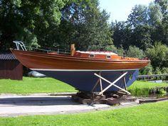 Folkboat scaled up 16%-folkboat2.jpg