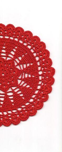 Vintage hecho a mano del ganchillo tapete encaje encaje tapetitos boda decoración hogar Decor flor Mandala atrapasueños ganchillo piña redondo rojo estilo moderno Tapete de ganchillo hecho a mano de alta calidad 100% mercerizado hilo de algodón en color rojo. Tamaño de la servilleta: ~ 7,5(19cm) de diámetro. Será una adorable decoración en su hogar, se ven muy bien en cualquier mesa. Perfecto como regalo o simplemente para disfrutar. Quisiera que este tapete en un color diferente, házmel...