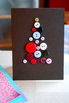 postal nadalenca en forma d'arbre fet de botons