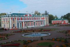 Kadriorg Park is the most outstanding palatial and urban park in Estonia, covering around 70 hectares. Its construction began in 1718 on the orders of Russian tsar Peter I. Elements of park design from. Urban Park, Parking Design, Places To Go, Construction, Mansions, Country, House Styles, Building, Manor Houses