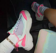 Daily Block Heel Sneakers Colorful Sneakers, Cute Sneakers, Retro Sneakers, Casual Sneakers, Sneakers Fashion, Fashion Shoes, Chunky Sneakers, Nike Fashion, Streetwear Fashion