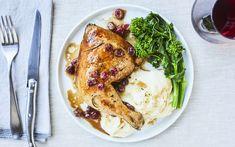 Cuisses de poulet aux canneberges – Savourer par Geneviève O'Gleman Chef Simon, Turkey, Healthy Eating, Chicken, Meat, Cooking, Recipes, Ainsi, Cocktails
