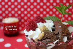 Gelado de Chocolate (sem máquina) / Chocolate Ice-Cream (no machine needed)