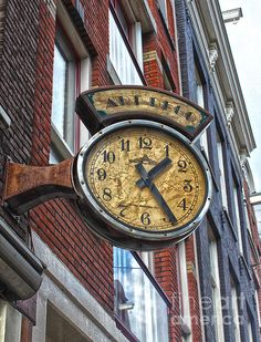 Amsterdam Vintage Deco Clock Sign
