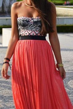 i love this top with this skirt: Summer Dress, Summer Outfit, Dream Closet, Spring Summer, Maxi Skirts, Crop Top