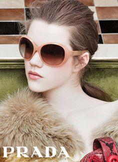 Prada - Prada F/W 11/In this picture:Antonia Wesseloh