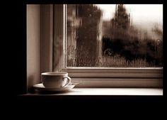 El acompañante ideal para ésta tarde lluviosa...  Deleita tus sentidos con el mejor café en #AromaDiCaffé  Conócenos en el C.C. Metrocenter pasaje colonial. #Coffee #CoffeeLovers #CoffeeMoments #CoffeeTime #AromaDiCaffé #MomentosAroma #SaboresAroma