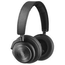 Explore Bang and Olufsen over-ear and on-ear Beoplay headphones, Beosound multiroom speakers, Beolab floorstanding speakers, and Beoplay Bluetooth speakers and high-end Beovision televisions. Skullcandy Headphones, Girl With Headphones, Wireless Noise Cancelling Headphones, Gaming Headphones, Over Ear Headphones, Beats Headphones, Sports Headphones, Wireless Headset, Xbox One Headset