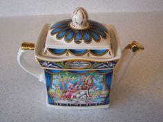 """Sadler Teapot """"Shakespeare"""" A Midsummer Night's Dream England"""