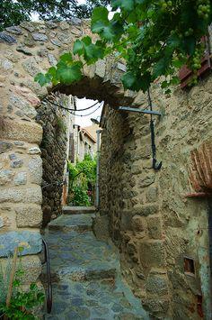 Eus, Languedoc-Roussillon, France