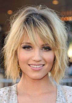 coiffure de style coiffé décoiffé avec frange effilée