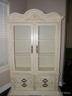Creamy white, glazed china hutch
