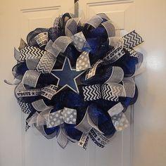 Dallas Cowboys-wreath-deco by CylesDazzlingDesigns on Etsy
