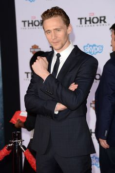 That time he looked at us and seemed like he wanted to say something. | 21 Times Tom Hiddleston Almost Killed Us