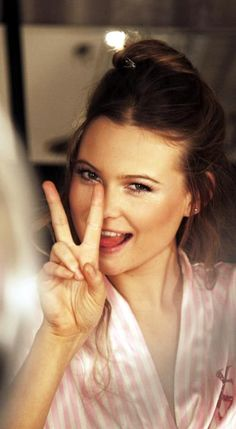 Behati is so beautiful and I love her personality. I would love to meet her!