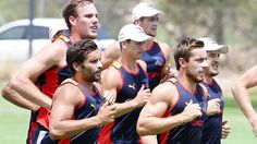 Adelaide Crows onballer Richard Douglas aims to step up to elite level in 2014
