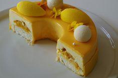 Mousse Dessert, Biscuit Coco, Rocher Torte, Patisserie Fine, Bonefish Grill, Tart Dough, Compote Recipe, Mango Mousse, Dessert Aux Fruits