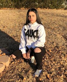 ✔ 57 trendy fall outfit to wear for school 2 Related Trendy Fall Outfits, Tomboy Outfits, Chill Outfits, Cute Swag Outfits, Curvy Outfits, Teenager Outfits, Dope Outfits, Teen Fashion Outfits, Outfits For Teens