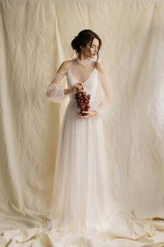 Boho Wedding Dress With Sleeves, Puffy Wedding Dresses, Rustic Wedding Gowns, Country Wedding Dresses, Bohemian Wedding Dresses, Modest Wedding Dresses, Wedding Reception, Dress Wedding, Cold Shoulder Wedding Dress