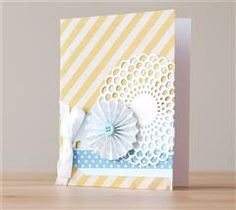 Send a happy hello with this pretty doily card!