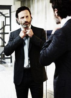 (10) Andrew Lincoln - Twitter Search