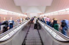Pasażerowie mają wystarczająco dużo czasu na zapoznanie się z komunikatami marketingowymi umieszczonymi na Infoscreenach i Metroboardach.