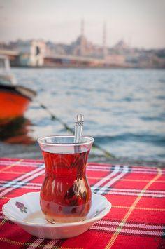 أحب الشاي التركي !! Istanbul, Turkey